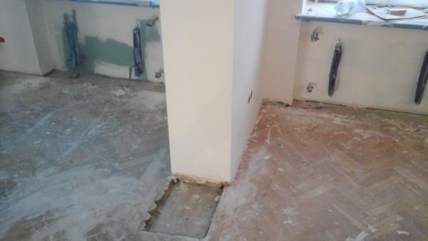 przed renowacją podłogi