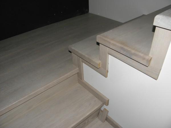 schody-z-drewna-debowego-spid