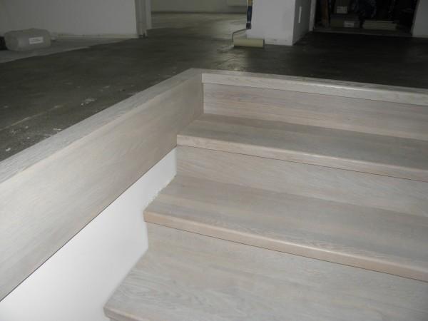 schody-z-drewna-sosnowego-spid