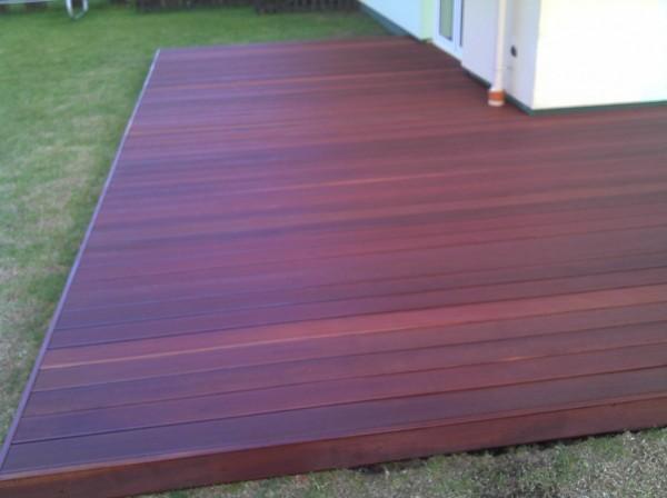 montaz-tarasow-drewnianych